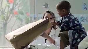 El emocionante regalo que reciben estos niños con cáncer  Video: