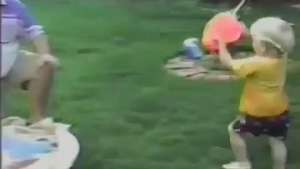 Nene intenta vengarse de su padre y la acaba de la peor manera Video: