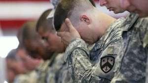 Fantasmas de la guerra siguen vivos en miles de veteranos Video: