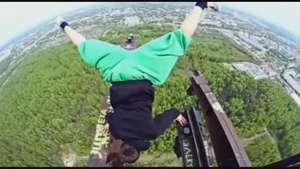 Acróbatas rusos desafían la muerte en las alturas Video: