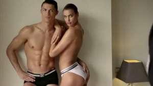 Cristiano Ronaldo e Irina Shayk, semidesnudos en la portada de Vogue Video: