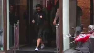 Kim Kardashian y Kanye West en París de incógnito y compras preboda Video:
