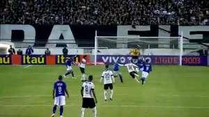 Paolo Guerrero anota gol del triunfo del Corinthians al Cruzeiro Video: