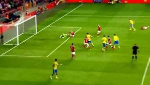 Zlatan Ibrahimovic falla un gol increíble en partido amistoso Video: