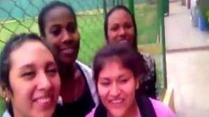 Las 'matadorcitas' cantan 'Vivir mi vida' de Marc Anthony Video: