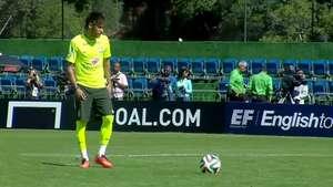 La genialidad de Neymar para patear un penal Video: