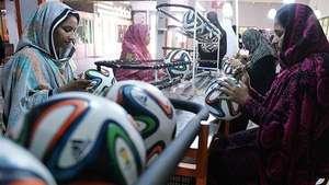 Pakistán estará en el Mundial 2014...con el balón 'Brazuca' Video: