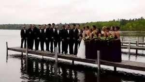 Muelle se hunde mientras recién casados posaban para su foto de bodas Video: