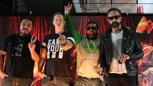 Molotov presenta nuevo disco tras siete años de ausencia Video: