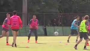 Vidal trabajó a la par de sus compañeros en Belo Horizonte Video: