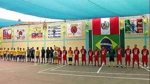 Presos juegan su propio Mundial en Perú Video: