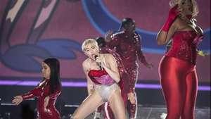 Miley Cyrus en Madrid, una gira no apta para menores Video: