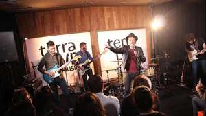 El showcase completo de Miss Caffeina en Terra Live Music Video: