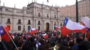 Los jugadores de Chile son recibidos como héroes Video: