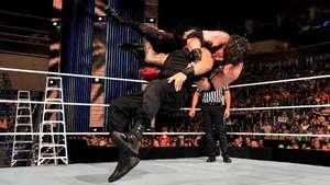 SmackDown: Roman Reigns da un golpe sobre la mesa antes de MITB Video: