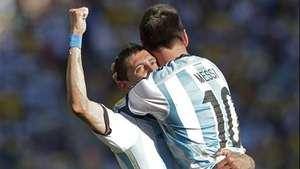 Argentina pasa a cuartos en la prórroga Video: