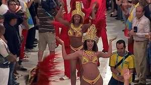 Río de Janeiro vibra a ritmo de Carnaval en plena Copa del Mundo Video: