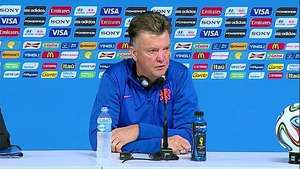 Van Gaal piensa en Argentina, no en Messi Video: