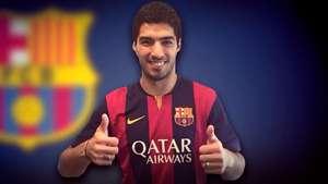 Barcelona anuncia fichaje de Luis Suárez y revela camiseta Video: