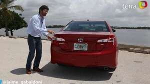 Video: Prueba Toyota Camry SE Sport 2014 Video:
