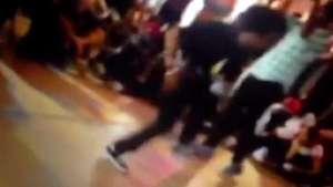 Joven hace un paso de baile imposible Video: