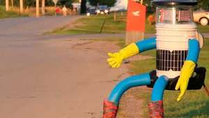 HitchBOT, el robot autoestopista Video: