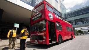 Houston, la ciudad para descubrir en un autobús londinense Video: