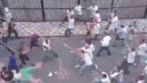 Hinchas de Santos y Corinthians protagonizan violenta pelea Video: