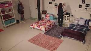 Cómo decorar el dorm de tu hijo universitario sin gastar mucho dinero Video:
