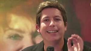 A reír con Alejandro Riaño por una buena causa Video: