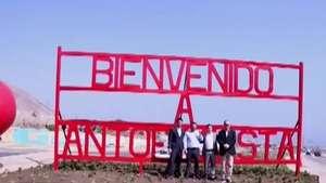 El letrero de bienvenida que saca roncha en Antofagasta Video: