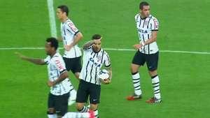 Paolo Guerrero anota golazo de cabeza ante el Goias Video: