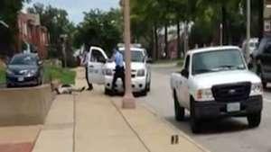 Liberan imágenes de brutal asesinato de joven negro en EE.UU. Video: