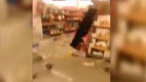 Así quedan pasillos de supermercado en El Belloto tras sismo Video: