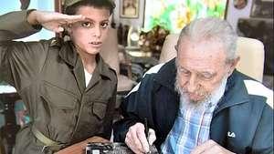 Niño que idolatra a Fidel cumple el sueño de visitar su casa Video: