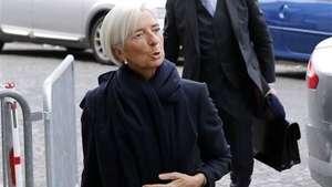 Directora del FMI es imputada por negligencia Video: