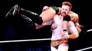 SmackDown: Sheamus se lleva por delante al doble de The Miz Video: