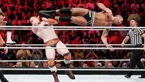RAW: Cesaro y The Miz ganan prestigio ante dos campeones Video: