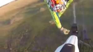 Go Pro capta espectacular accidente de motociclista Video: