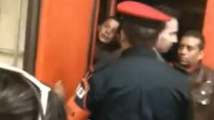 Pillan a conductor del metro ebrio en México Video: