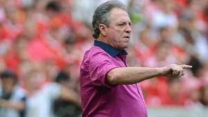 Abel cita profissionalismo dos jogadores em vitória do Inter Video: