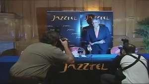 Orange compra Jazztel por 3.334 millones de euros Video:
