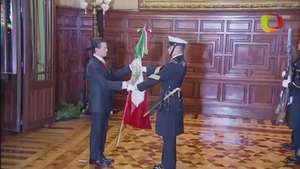 Enrique Peña Nieto da el Grito de Independencia Video: