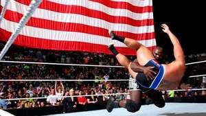 SmackDown: Mark Henry ajusticia a Rusev antes de WWENOC Video: