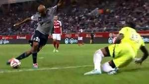 Jugador del Olympique de Marsella anota golazo de rabona Video: