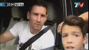Se vuelve loco por una foto con Messi! Video:
