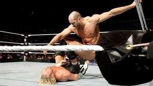 SmackDown: Ziggler retiene (con trampas) el Campeonato Intercontinental Video:
