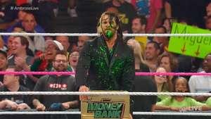 RAW: Ambrose devuelve el maletín a Rollins... a su manera Video: