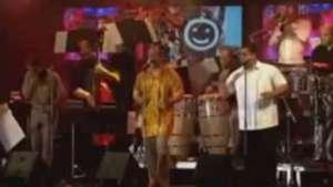 Spanish Harlem Orchestra mantiene esencia de sonido atemporal a otras décadas Video: