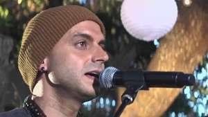Sie7e canta en Home Sessions 'Te Regalo Una Promesa'  Video: